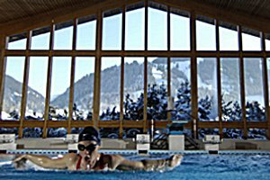 Hallenbad im Sportzentrum Gstaad