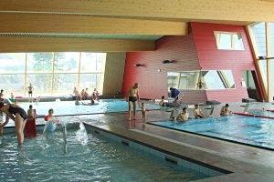 Hallenbad im Sportzentrum Frutigen