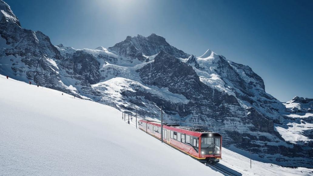 Mit der Jungfraubahn auf das Jungfraujoch