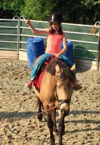 Kind am Pferd - Ponygeflüster Wischathal