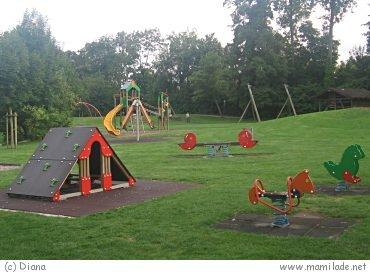 Spielplatz Kreuzlilngen