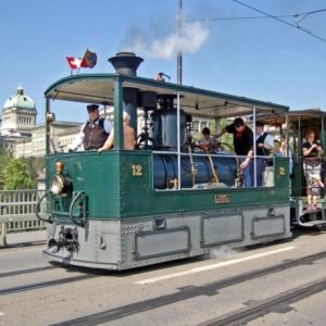 Junior Tramführer bem Dampftram Bern